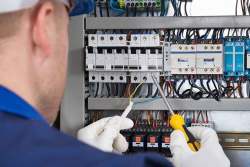 Assessoria para Adequação de Instalaçoes Elétricas (NR-10)