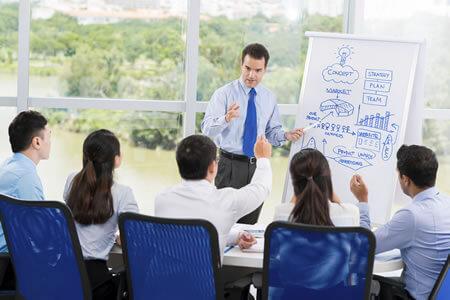 Palestras e Treinamentos na Área de Segurança no Trabalho
